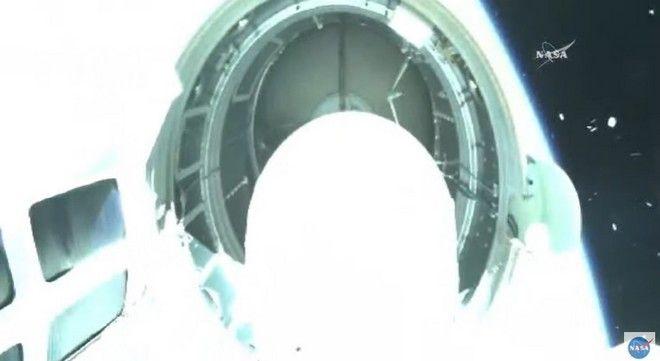 Φωτογραφίες από την εκτόξευση δύο ελληνικών μικροδορυφόρων