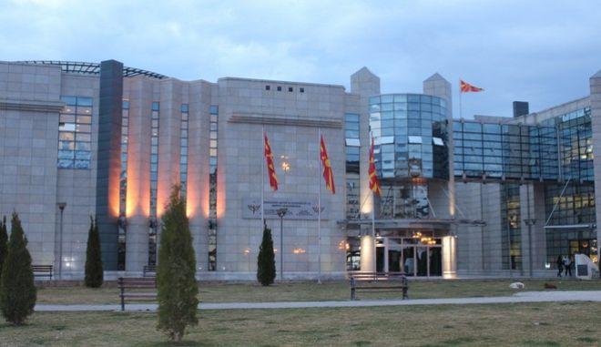 Ο παρών και στα Σκόπια Ερντογάν, ο προκλητικός Γκρούεφσκι και το brain drain που ματώνει τη Βόρεια Μακεδονία