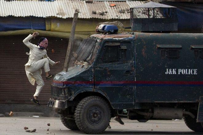 Διαδηλωτής στο Κασμίρ