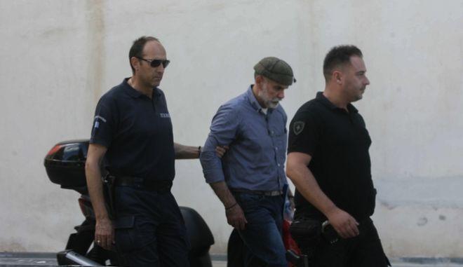 Εκτός φυλακής οδηγήθηκε ο Επαμεινώνδας Κορκονέας