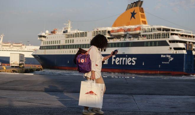 Αυξημένη η κίνηση στο λιμάνι του Πειραιά,καθώς ξεκίνησε η έξοδος των αδειούχων, το Σάββατο 1 Αυγούστου 2020. (EUROKINISSI/ΓΙΑΝΝΗΣ ΠΑΝΑΓΟΠΟΥΛΟΣ)