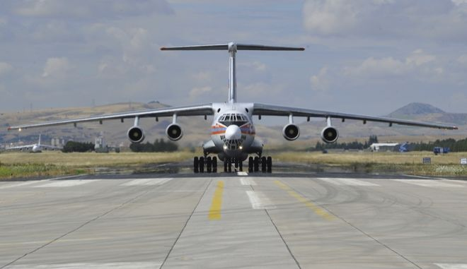 Τα πρώτα τμήματα των S-400 στην Τουρκία