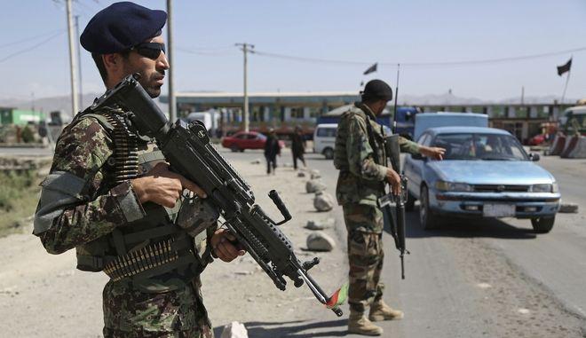Αφγανοί στρατιώτες στην Καμπούλ