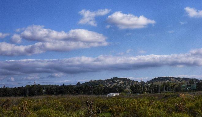 Σύννεφα πάνω από τον ουρανό της Αττικής