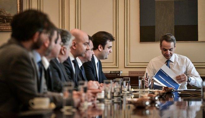 Συνάντηση του Πρωθυπουργού Κυριάκου Μητσοτάκη με τον υπουργό Ψηφιακής Διακυβέρνησης Κυριάκο Πιερρακάκη