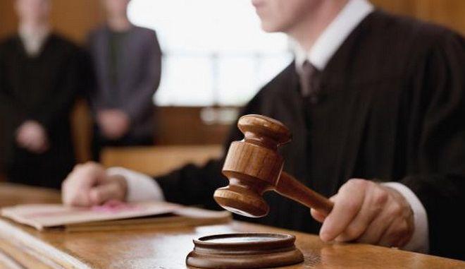 Μόνο στη Δανία: Αθωώθηκε κατηγορούμενος για βιασμό λόγω κοιμισμένου ενόρκου