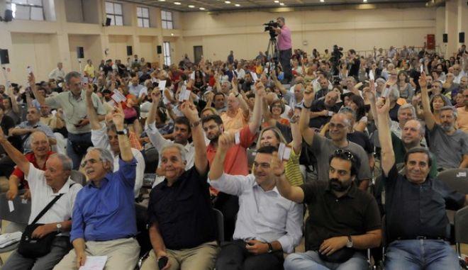 Συνεδρίαση του Διαρκούς Συνεδρίου του Συνασπισμού για να επικυρώσει την απόφαση της Κεντρικής Επιτροπής για την αυτοδιάλυση του κόμματος την Τετάρτη 10 Ιουλίου 2013.  (EUROKINISSI/ΕΥΗ ΦΥΛΑΚΤΟΥ)