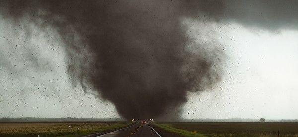 Tornado Hunters. Κανένα 'Twister'. Αυτοί είναι πραγματικοί κυνηγοί ανεμοστρόβιλων
