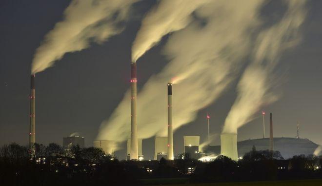 Δυσοίωνες οι παγκόσμιες προβλέψεις το 2017 για το διοξείδιο του άνθρακα