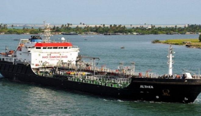 Ελεύθερος ο Έλληνας ναυτικός που είχε απαχθεί από πειρατές στη Γουϊνέα