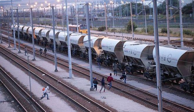 Eurotunnel: 'Λυπηρή' η χορήγηση ασύλου στον Σουδανό που πέρασε τη σήραγγα της Μάγχης