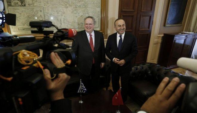 Κυπριακό: Οι ελληνικές προτάσεις για το 'νέο καθεστώς ασφάλειας' της Κύπρου επί τάπητος