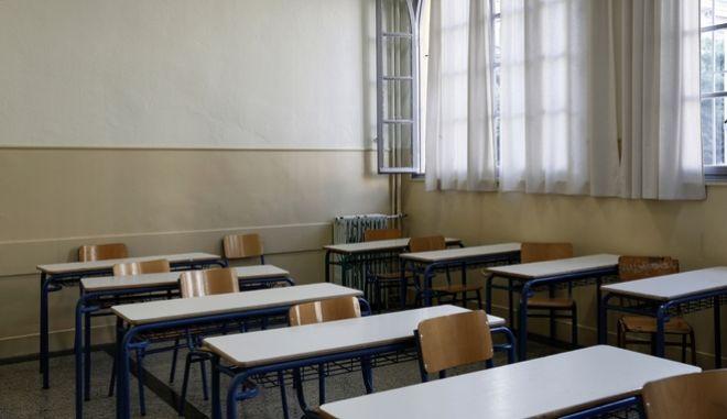Αλλάζει η ώρα εξέτασης για τις πανελλαδικές των ΓΕΛ Λέσβου και Χίου