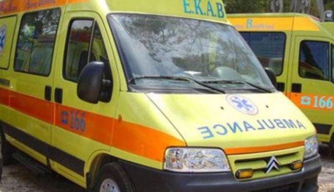 Αυτοπυρπολύθηκε αλλοδαπός στο κέντρο της Αθήνας