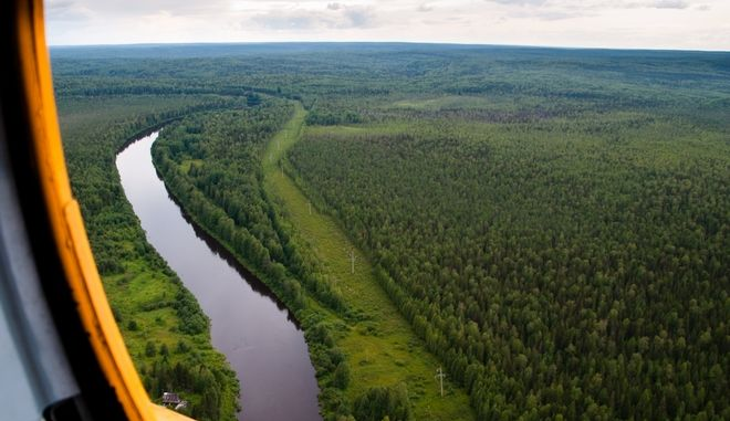 Ρωσία: Αναγκαστική προσγείωση σε δάσος - Τέσσερις νεκροί