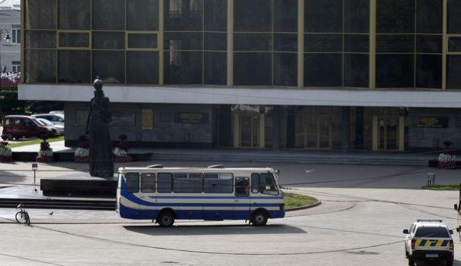 Ομηρία σε λεωφορείο
