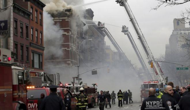 Νέα Υόρκη: Κατέρρευσαν δύο κτίρια μετά από έκρηξη. Τουλάχιστον 12 τραυματίες