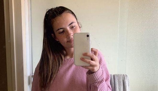 Tessa Hansen Smith, η κοπέλα που έχει αλλεργία στο νερό