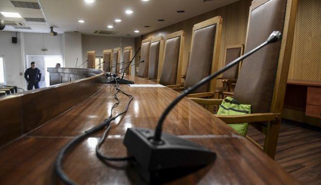 Ξεκίνησε σήμερα στον Κορυδαλλό η δίκη της Χρυσής Αυγής με εξέταση του πρώτου προστατευόμενου μάρτυρα. Η εξέτασή του γίνεται από ειδικό δωμάτιο που βρίσκεται στη ΓΑΔΑ και ακούγεται η κατάθεσή του από μεγάφωνα στην αίθουσα του Κορυδαλλού. Παρασκευή 3 Νοέμβρη 2017.(EUROKINISSI / Τατιάνα Μπόλαρη)