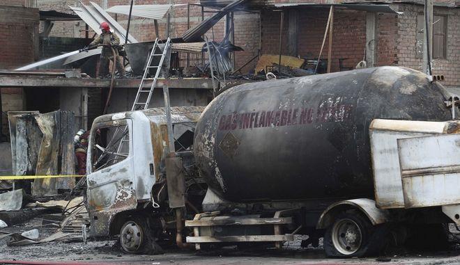 Έκρηξη βυτιοφόρου στο Περού