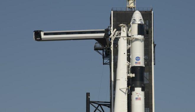 Το σκάφος της SpaceX έτοιμο για εκτόξευση