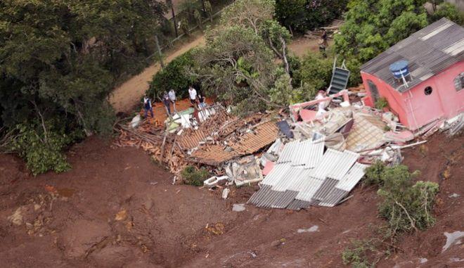 Τραγωδία από την κατάρρευση φράγματος στη Βραζιλία