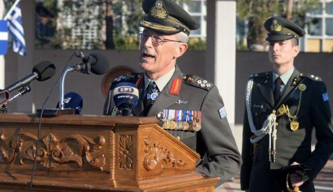 Ο πρώην επικεφαλής του ΓΕΣ, Στρατηγός Γιώργος Καμπάς