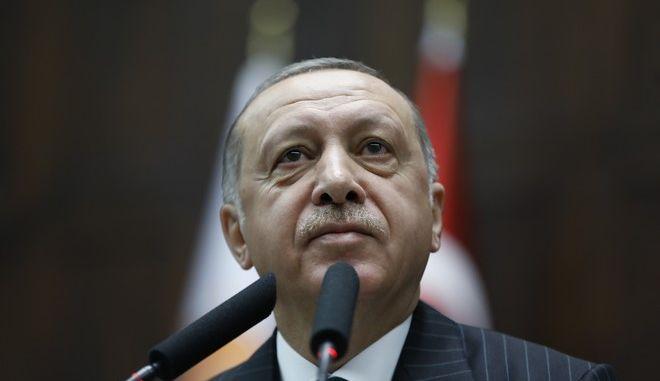 Ο Τούρκος πρόεδρος Ρετζέπ Ταγίπ Ερντογάν στη βουλή