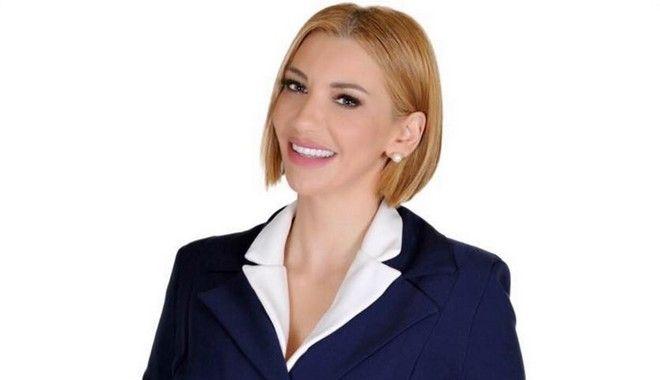 Ελληνίδα πρώην Playmate άλλαξε όνομα και κατεβαίνει στις δημοτικές εκλογές