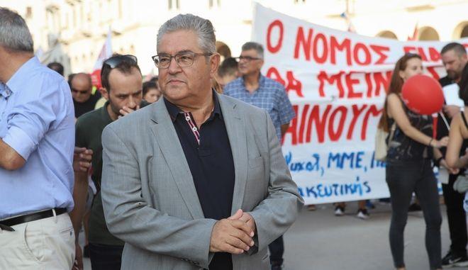 Ο γγ του ΚΚΕ στη Θεσσαλονίκη Δημήτρης Κουτσούμπας στη συγκέντρωση του ΠΑΜΕ στο πλαίσιο της 84ης ΔΕΘ