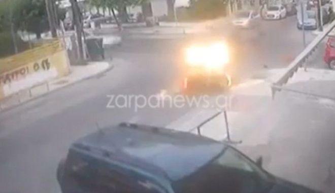Χανιά: Ασυνείδητος οδηγός χτυπά μηχανή και εγκαταλείπει τα θύματα