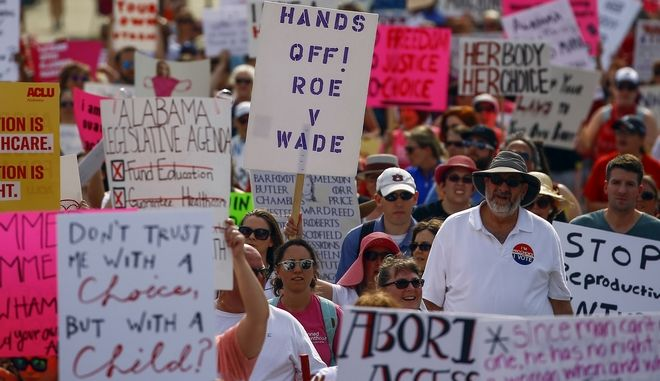 Καρέ από διαδήλωση στην Αλαμπάμα
