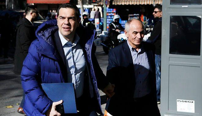 Ο πρωθυπουργός Αλέξης Τσίπρας εισέρχεται στα γραφεία του ΣΥΡΙΖΑ, για να πάρει μέρος στην συνεδρίαση της Πολιτικής Γραμματείας του κόμματος.