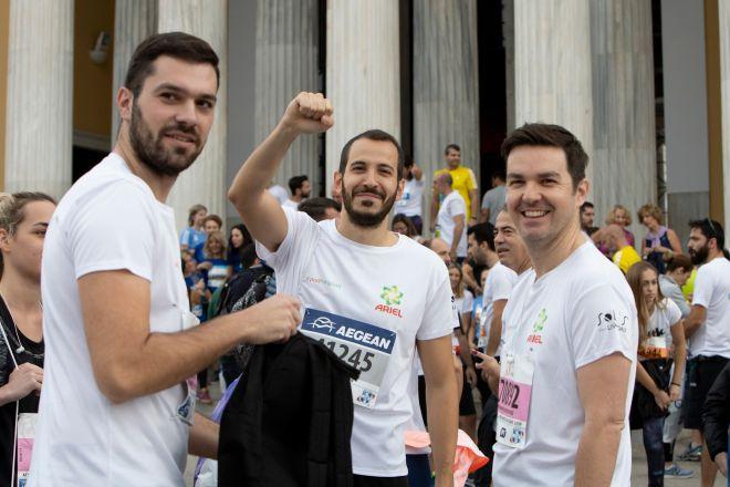 Οι άνθρωποι της P&G και του κινητού πλυντηρίου για αστέγους Ithaca ένωσαν τις δυνάμεις τους στον 37ο Αυθεντικό Μαραθώνιο της Αθήνας
