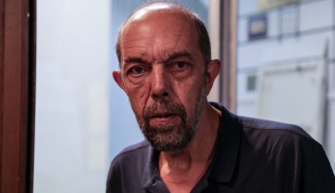O Νίκος Μπελαβίλας