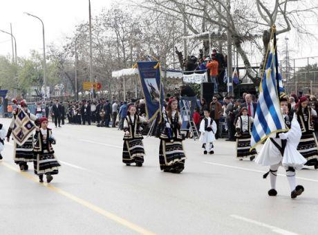 Θεσσαλονίκη: Ποιοι δρόμοι θα κλείσουν για τον εορτασμό της 25ης Μαρτίου