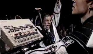 Σπάνιο ντοκουμέντο: Η πρώτη εμφάνιση των Prodigy στο Πεδίο του Άρεως το 1992