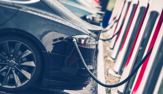 Σημεία επαναφόρτισης ηλεκτρικών αυτοκινήτων