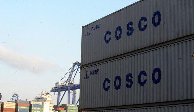 Κοντέινερ στην προβλήτα ΙΙΙ στο λιμάνι του Πειραιά. (EUROKINISSI/ΑΝΤΩΝΗΣ ΝΙΚΟΛΟΠΟΥΛΟΣ)