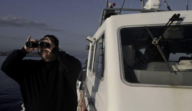 Περιπολία λιμενικού για εντοπισμό προσφύγων και μεταναστών
