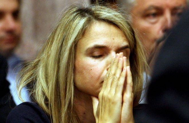 Ανεξαρτητοποιήθηκε με επιστολή της πρίν από λίγο η βουλευτής του ΠΑΣΟΚ,διαφωνώντας με την επιλογή του Πρωθυπουργού για δημοψήφισμα,Τρίτη 1 Νοεμβρίου 2011// ΦΩΤΟΓΡΑΦΙΑ ΑΡΧΕΙΟΥ (EUROKINISSI/ΤΑΤΙΑΝΑ ΜΠΟΛΑΡΗ)
