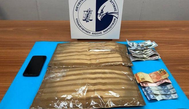 Είχε κρυμμένη στις αποσκευές του πάνω από 1,5 κιλό κοκαΐνης από την Βραζιλία