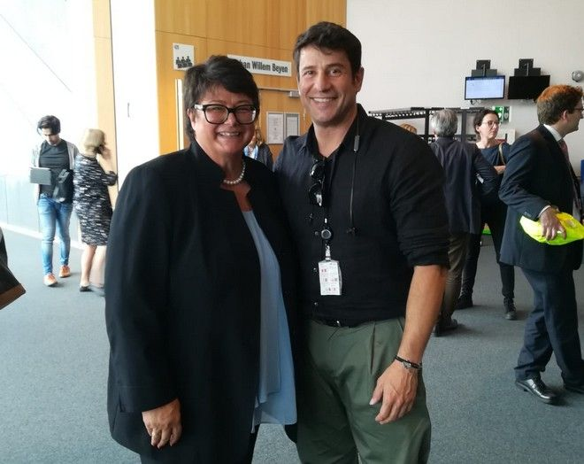 Με την πρόεδρο της Cult, Sabine Verheyen
