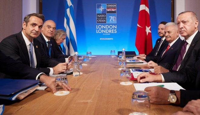 Σύνοδος του ΝΑΤΟ: Συνάντηση Μητσοτάκη - Ερντογάν