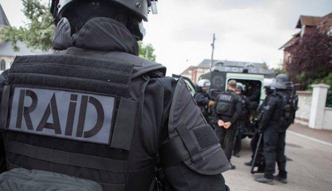 Γαλλία: Πυροβολισμοί με δύο τραυματισμούς κοντά σε σούπερ μάρκετ