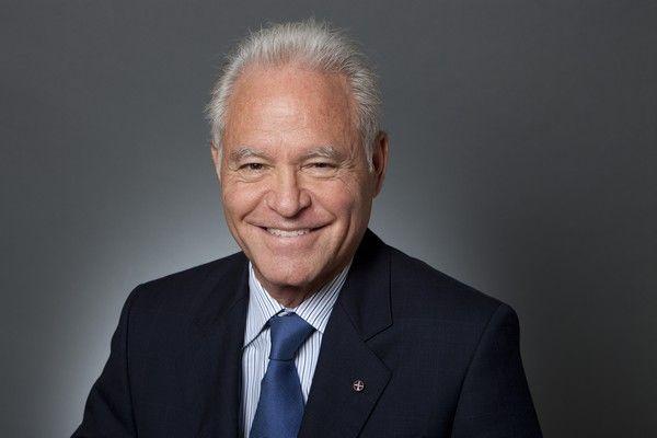 Dennis Mehiel: Η Κλίντον θα είναι η νικήτρια των εκλογών