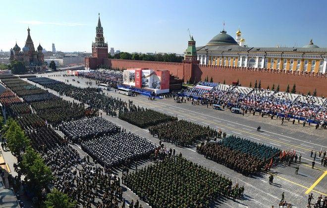 Παρέλαση για τη νίκη κατά του ναζισμού στη Ρωσία (Mikhail Voskresenskiy, Host Photo Agency via AP)