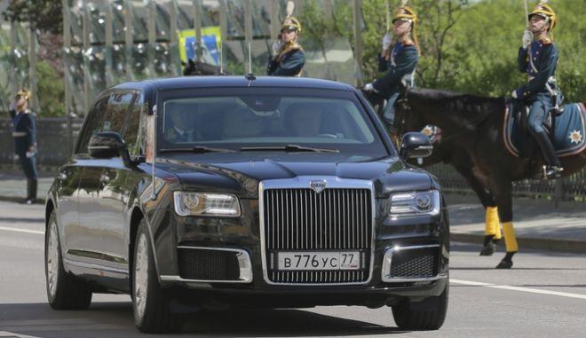 H νέα προεδρική λιμουζίνα του Β. Πούτιν