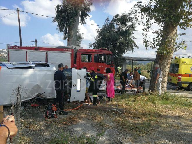 Σοβαρό τροχαίο στα Χανιά με δύο οχήματα, 10 εμπλεκόμενους και τέσσερις τραυματίες