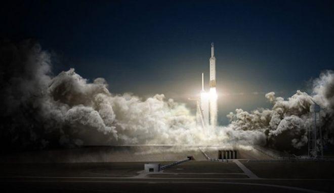 Στο διάστημα ο Falcon Heavy του Elon Musk